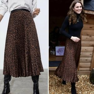 Zara Green Pleated Animal Print Elasticated Midi Skirt sz Large NWT